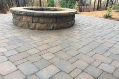 paver-patio-and-firepit