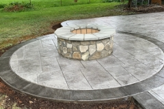 firepit-and-patio