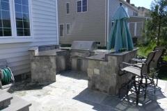 Flagstone-outdoor-kitchen
